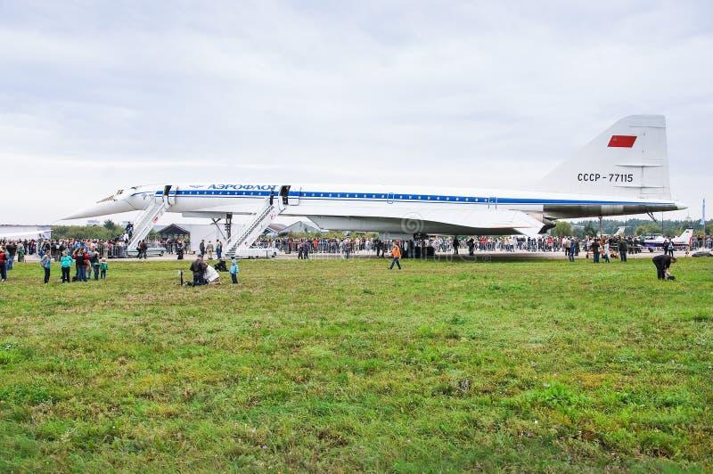 Pasażerski naddźwiękowy samolotu ` Tu-144 ` przy pokazu lotniczego ` MAKS-2013 ` fotografia stock