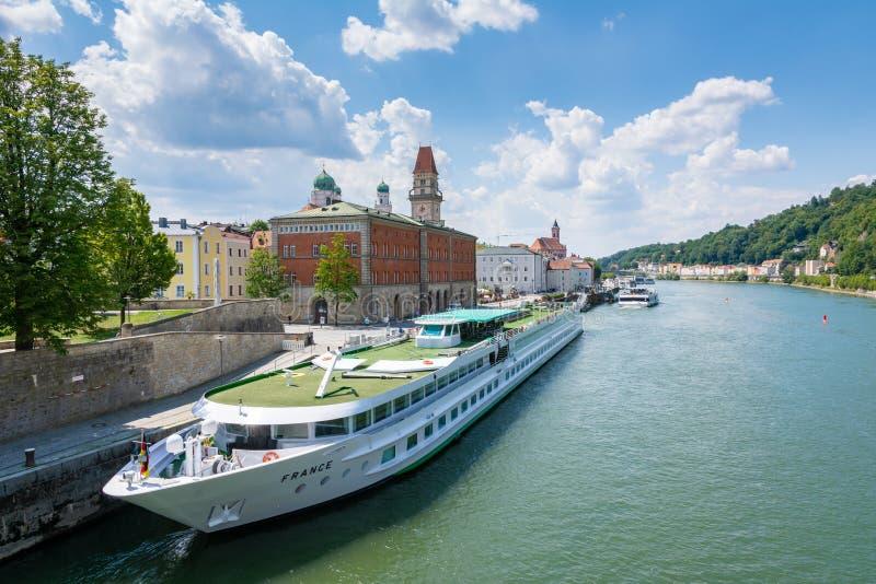 Pasażerski statek w Passau obraz royalty free