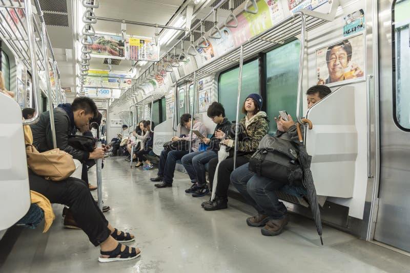 Pasażery podróżuje Yamanote Kreskowy Tokio obraz royalty free