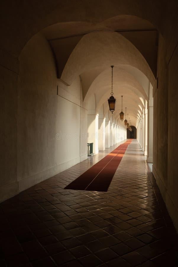 Pasadena City Hall Hallway onder Daylight royalty-vrije stock afbeeldingen