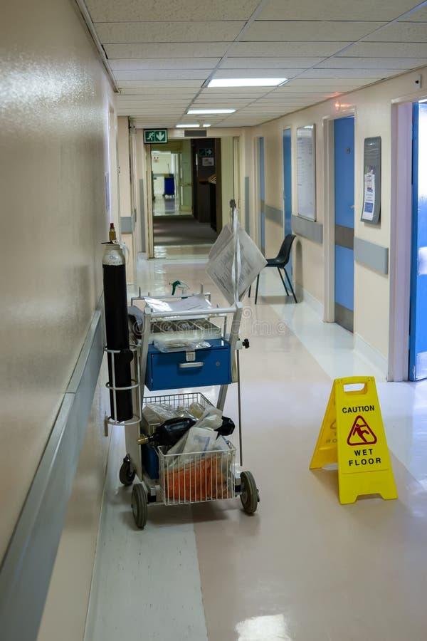 Pasadizo del hospital imagenes de archivo