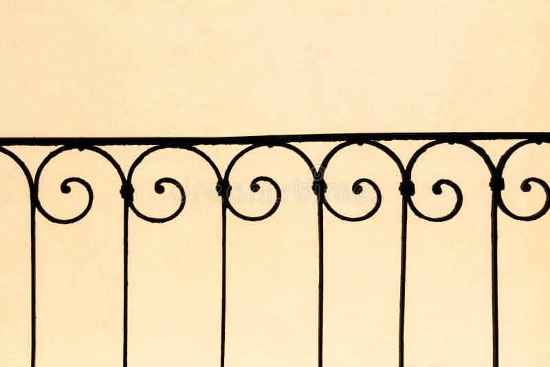 Pasamano del hierro labrado fotografía de archivo