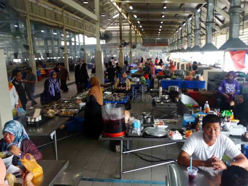 Pasar Pelbagan - jedzenie rynek w kapitale Brunei, Bandar Seri Begawan zdjęcie royalty free