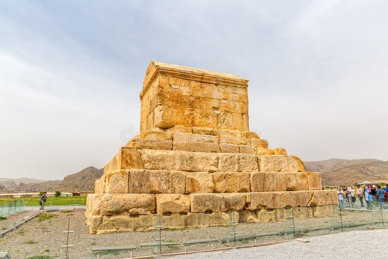 Pasargad stor Cyrus gravvalv arkivbild