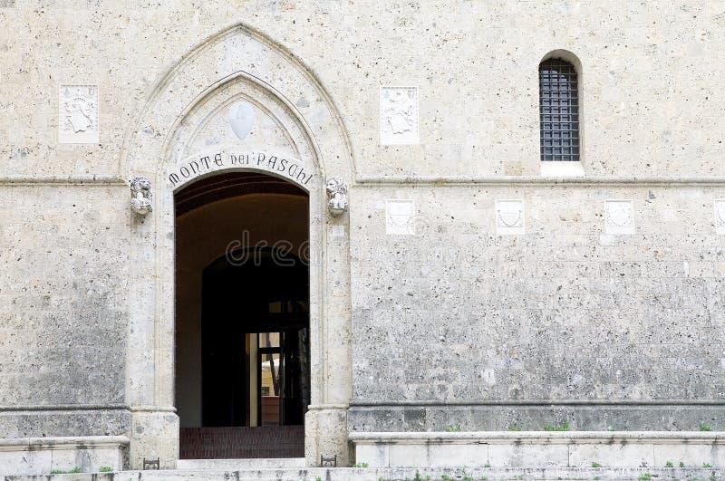 Paschi van Montedei bij het Salimbeni-Paleis, Siena, Toscanië Italië royalty-vrije stock fotografie