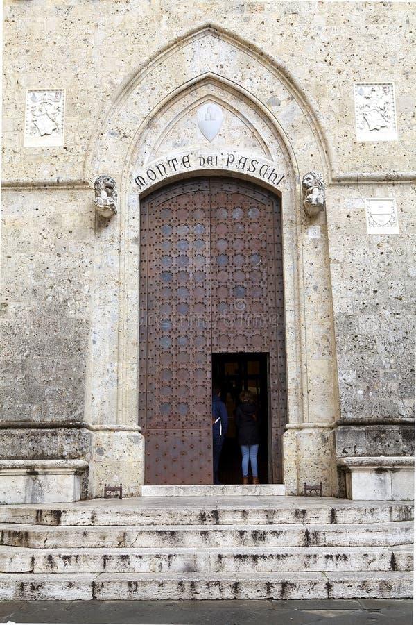 Paschi van Montedei bij het Salimbeni-Paleis, Siena, Toscanië Italië stock afbeelding