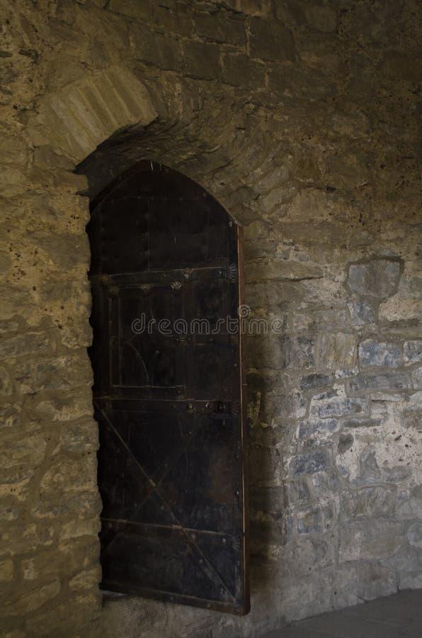Pase en el castillo viejo viejo - Kamianets Podilskyi Ucrania, Europa imagenes de archivo