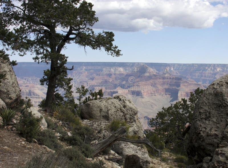 Pase por alto de formaciones de roca en Grand Canyon imagen de archivo libre de regalías
