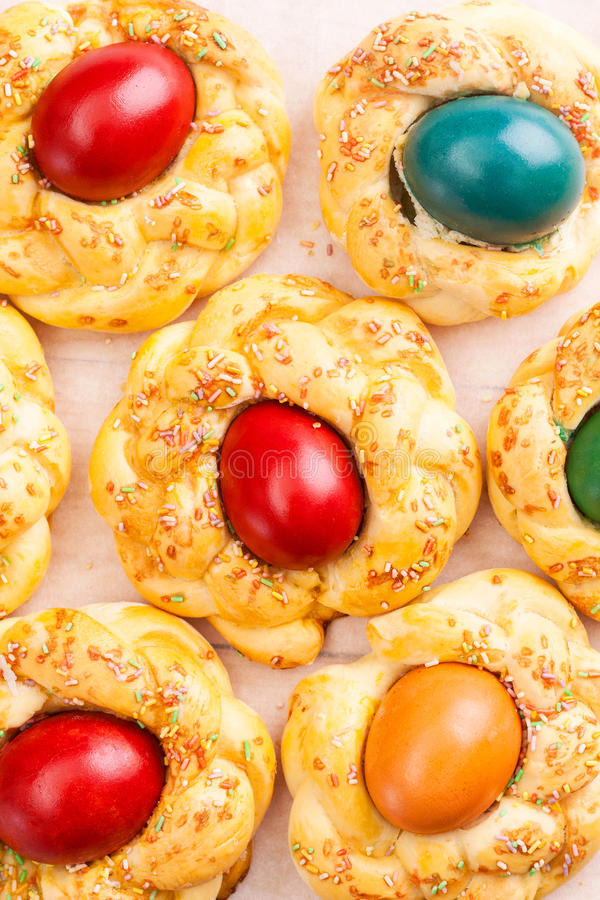 Pasen-brood met eieren royalty-vrije stock foto's