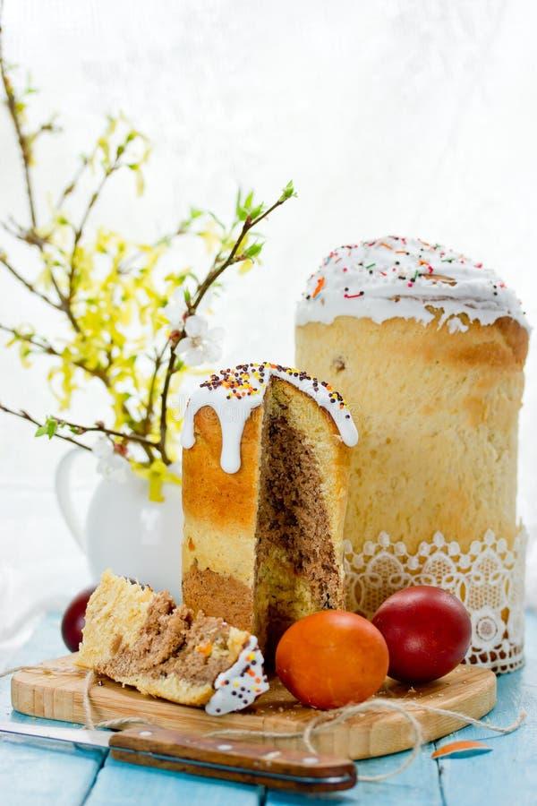 Pasen-cake kulich, traditioneel Russisch Pasen-brood royalty-vrije stock afbeelding