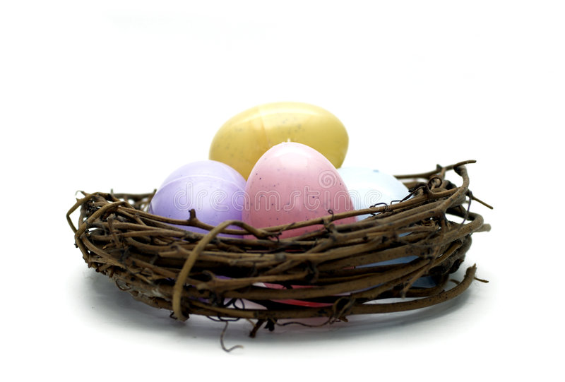 Pasen - Eieren in Nest stock foto