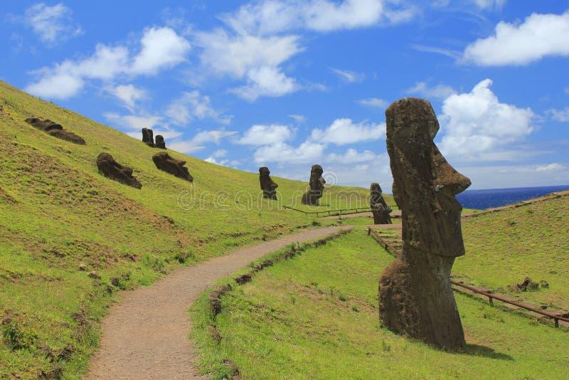 Pasen-Eiland Moai die net onder ogen zien royalty-vrije stock afbeelding