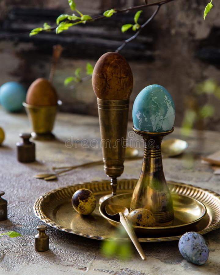 Pasen geschilderde eieren stock foto