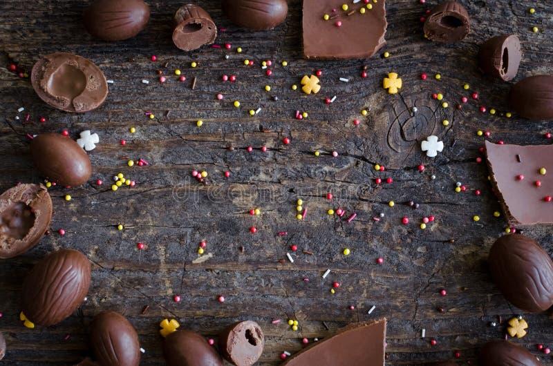 Pasen-samenstelling met chocolade royalty-vrije stock afbeelding
