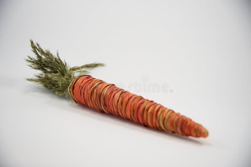 Pasen-stro decoratieve wortel vierde stock afbeeldingen