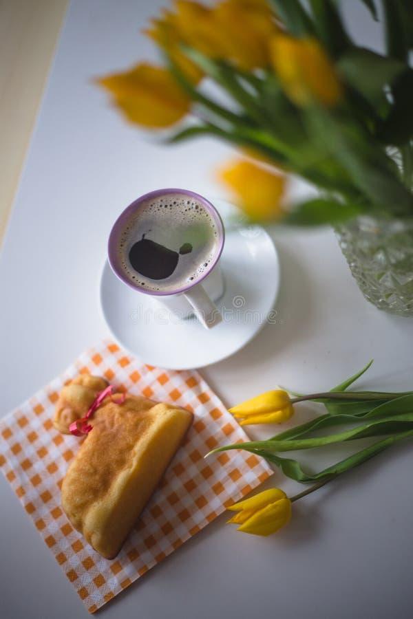 Pasen-thema, koffie stock afbeeldingen