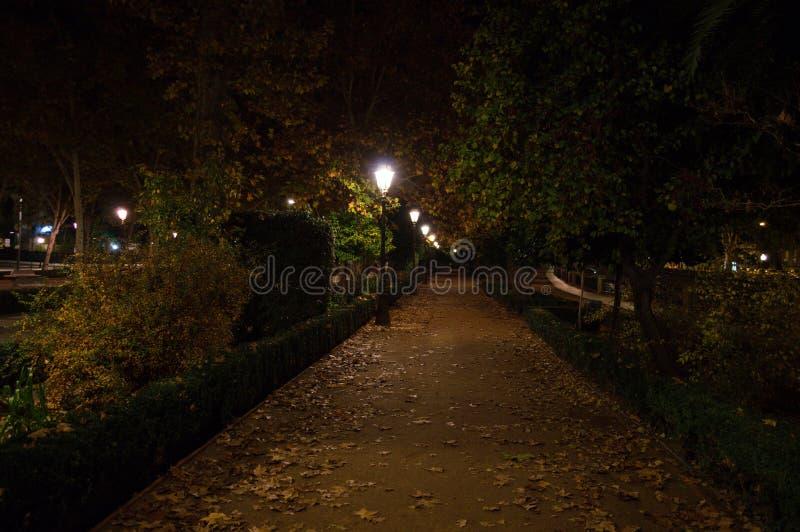 Paseo de Ла Bomba Парк в Гранаде, Испании стоковое фото