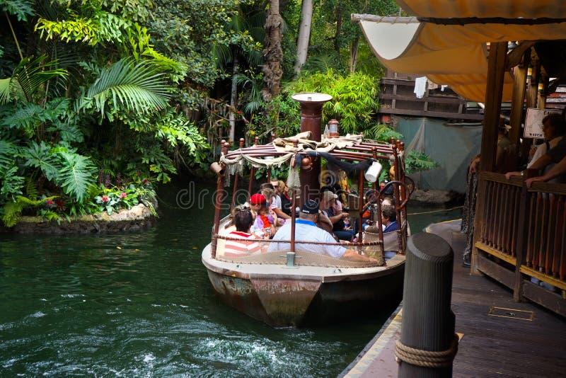 Paseo de Disneyland del barco de la travesía de la selva de Disney fotos de archivo