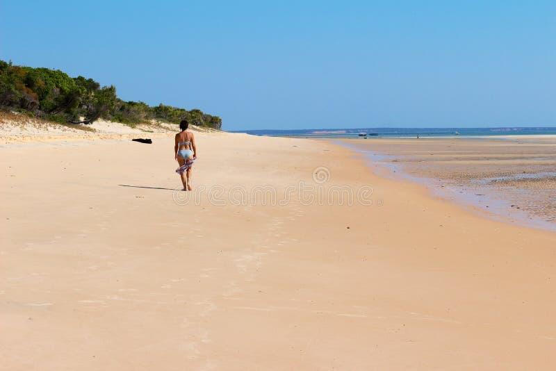 Paseo de la playa imágenes de archivo libres de regalías