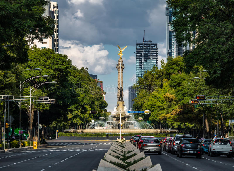 Paseo de La Reforma avenue and Angel of Independence Monument - Mexico City, Mexico stock image