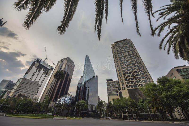 Paseo De Los Angeles Reforma Obciosujący, Meksyk -, Meksyk zdjęcia stock