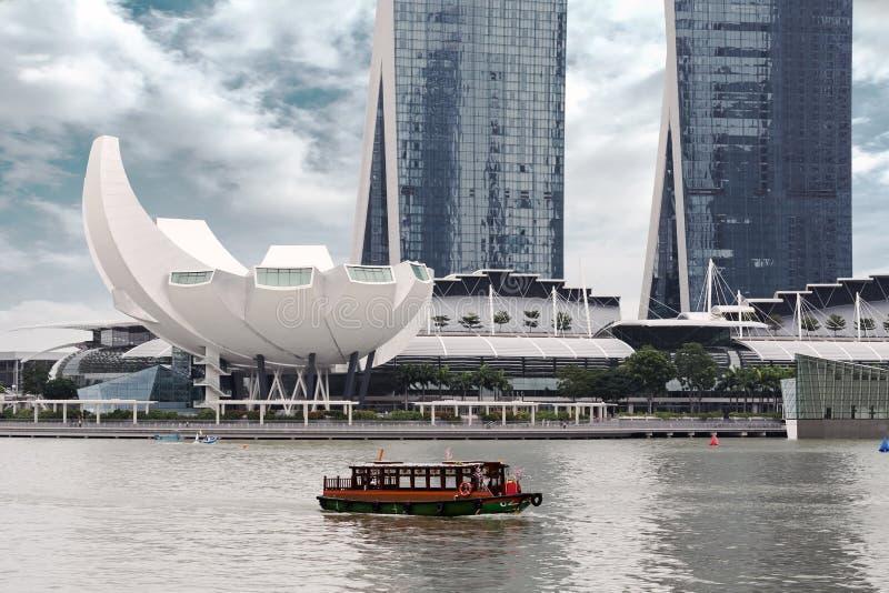 Paseo del barco en Singapur imagen de archivo libre de regalías