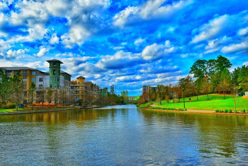 Paseo del río del arbolado en Houston Texas imagen de archivo libre de regalías