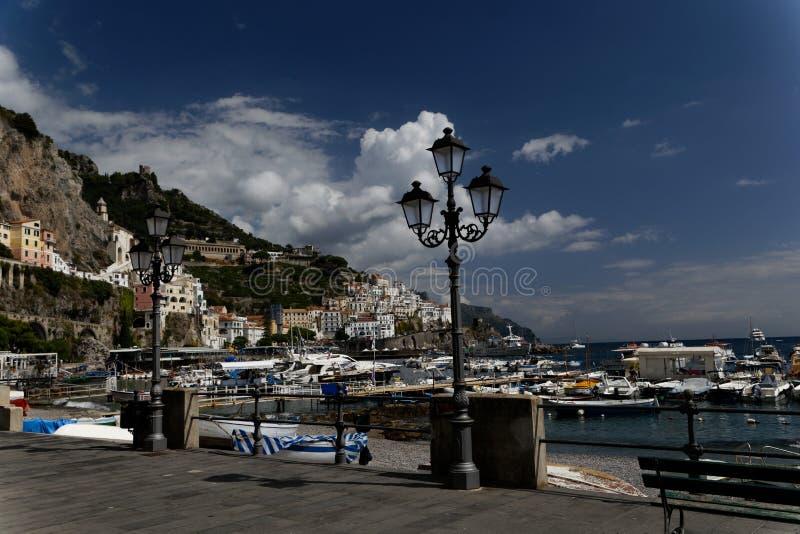 Paseo marítimo en Positano, Italia fotografía de archivo