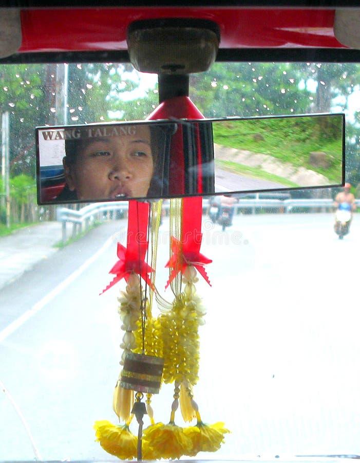 Paseo tailandés de la muchacha fotos de archivo libres de regalías