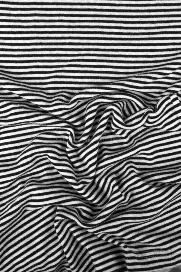 Pasiasty marszczący czarny i biały zebry tkaniny płótna tło obraz stock