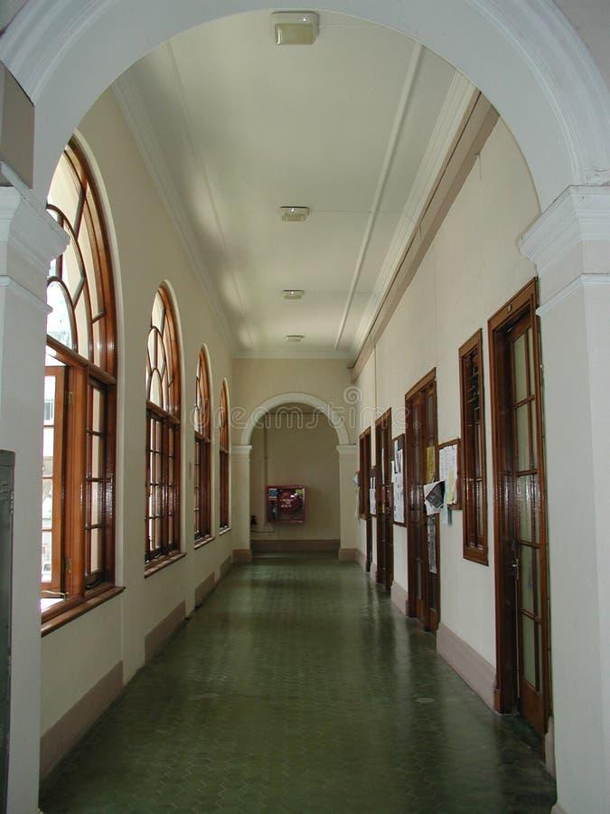 Download Pasillo foto de archivo. Imagen de vestíbulo, estudiantes - 186256