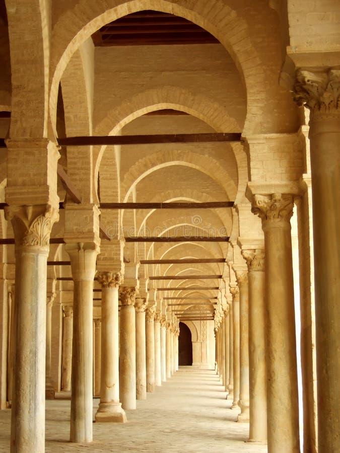 Download Pasillo antiguo en Túnez foto de archivo. Imagen de arquitectónico - 1294832