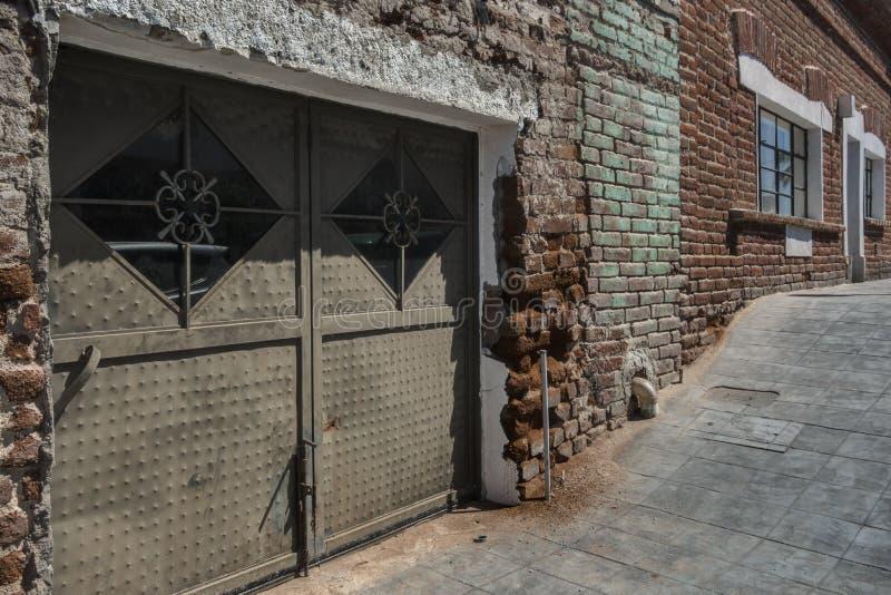 Pasillo arenoso en Todos Santos, México imagenes de archivo