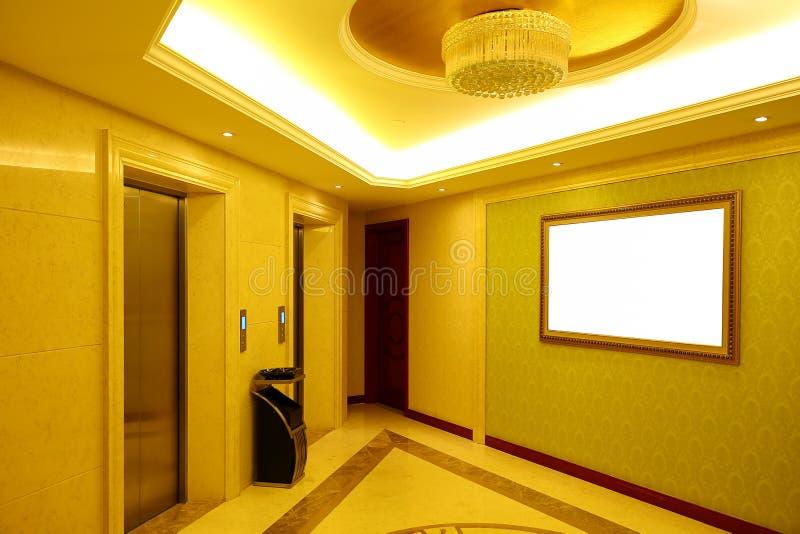 Pasillo asiático de lujo del hotel imagen de archivo libre de regalías