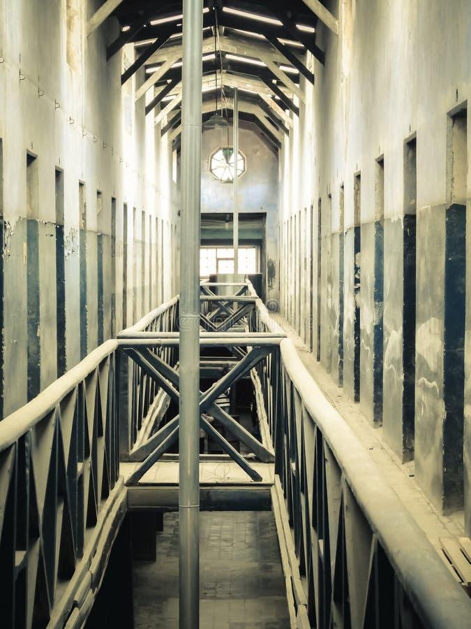 Pasillo de la prisión situado en la Patagonia la Argentina del ushuaia foto de archivo libre de regalías