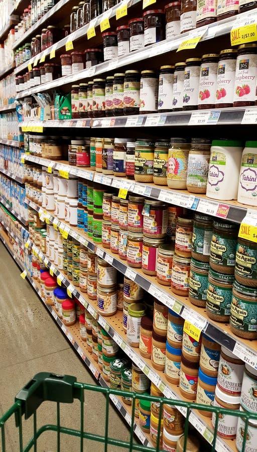 Pasillo del colmado de Whole Foods fotos de archivo libres de regalías