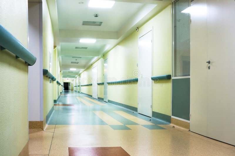 Pasillo en hospital imagen de archivo