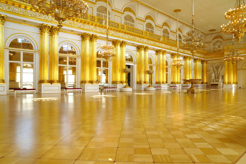 Pasillo heráldico del palacio del invierno, St Petersburg foto de archivo