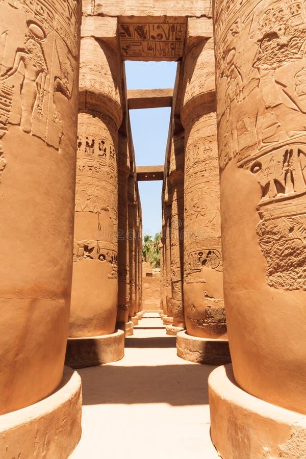 Pasillo hipóstilo de Karnak foto de archivo