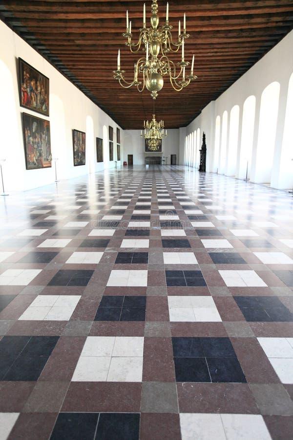 Pasillo magnífico del castillo de Kronborg, Dinamarca imagenes de archivo