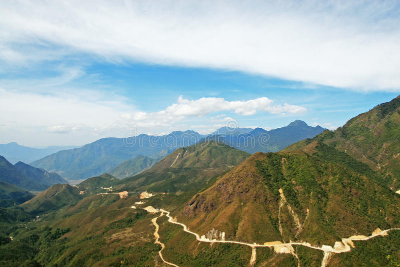 Paso de montaña de Hoang Lien Son en Vietnam imagen de archivo libre de regalías