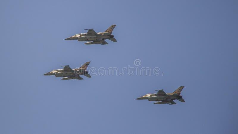 Paso elevado israelí de la fuerza aérea del día de Israel Independece imagenes de archivo