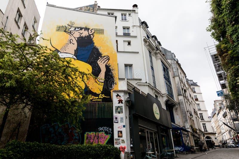 Paso a paso, las calles de París fotografía de archivo