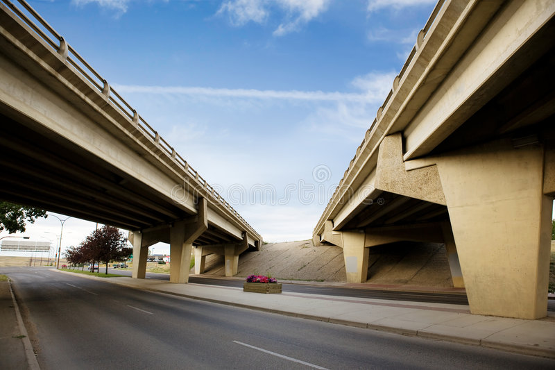 Paso superior del puente imagenes de archivo