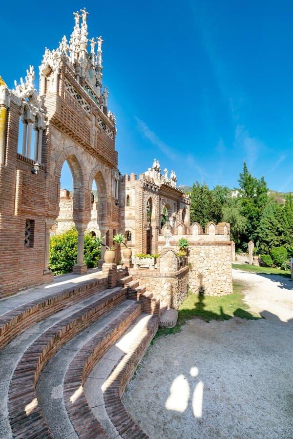 Pasos con un fondo de la arcada en España meridional foto de archivo libre de regalías