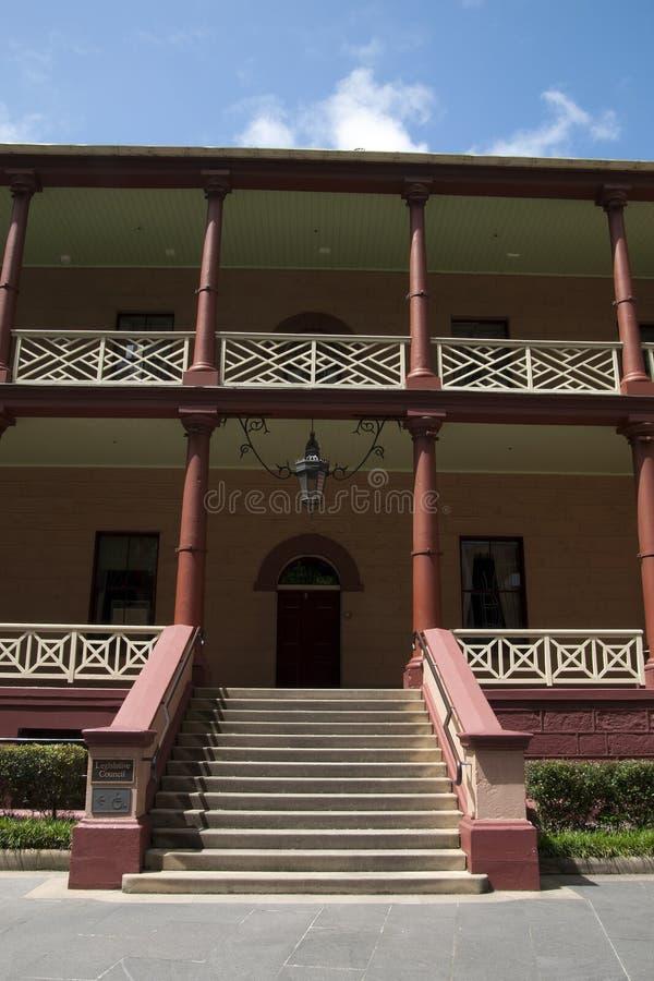 Pasos de la entrada a la casa del parlamento de NSW fotografía de archivo libre de regalías