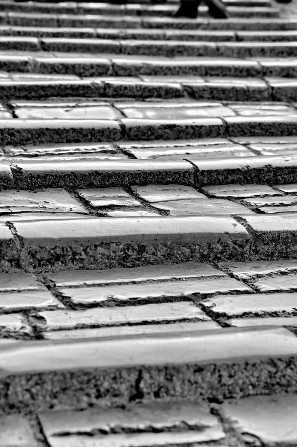 Pasos del puente viejo, Mostar fotos de archivo