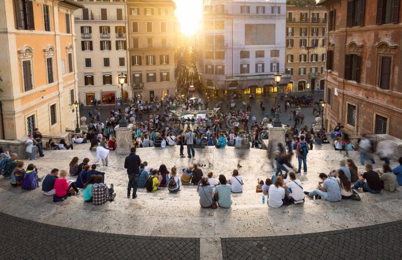 Pasos y cuadrado españoles de España (Piazza di Spagna) en Roma fotos de archivo