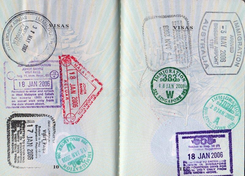 Paspoort met diverse zegels stock afbeelding