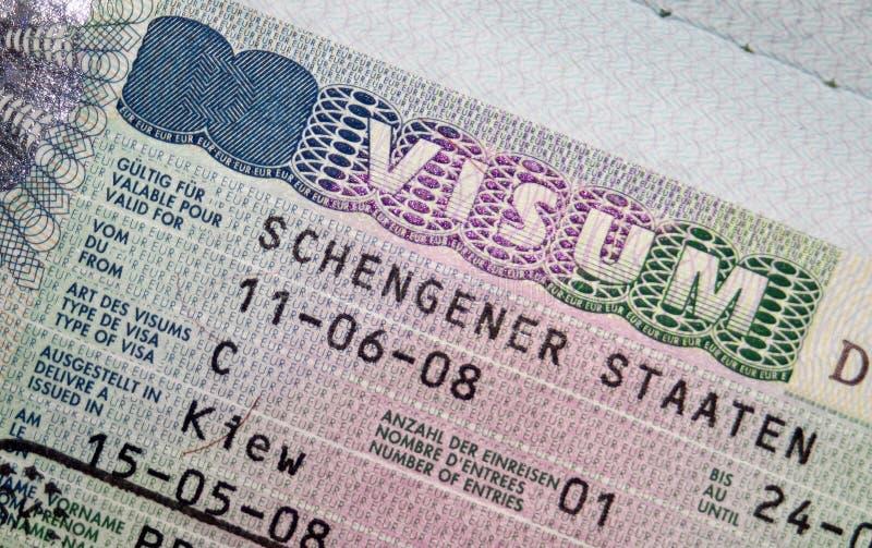 Paspoort met het visum van Schengen stock afbeeldingen
